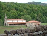 Vista Santuario de Nrt. sra. de Valvanuz y Casa de la Beata